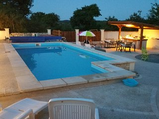 Secluded holiday home with private pool and outdoo - Breuil-Barret vacation rentals