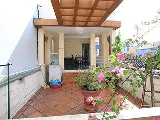2 nice BRs: relax bathroom,  big bancony, terrace at District 1 - Ho Chi Minh City vacation rentals