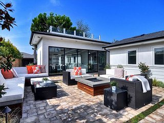 Luxury Contemporary Home with a Pool - Close to Beach - Corona del Mar vacation rentals