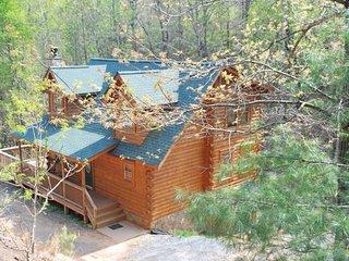 Lurewoods Mountain Retreat - Lake Lure vacation rentals