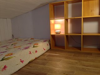 2 bedroom Gite with Internet Access in L'Isle-Jourdain - L'Isle-Jourdain vacation rentals