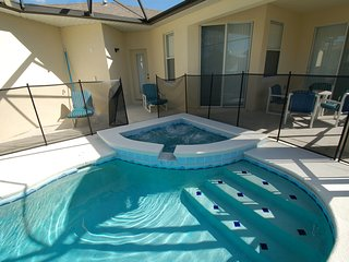 Trafalgar Village 4 bed/3 bath w/spa& game(TV4983) - Kissimmee vacation rentals