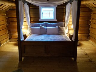 Romantic 1 bedroom Elverum Cabin with Internet Access - Elverum vacation rentals