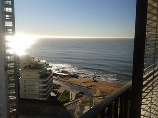 BEAUTIFUL OCEAN VIEWS - MODERN APARTMENT - Punta del Este vacation rentals