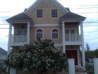 Beautiful Spacious Townhouse Near Beaches - Nassau vacation rentals