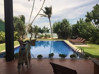 7/8 bedroom luxury beach villa, fully staffed including chefs ,Exclusive, Pool - Koggala vacation rentals