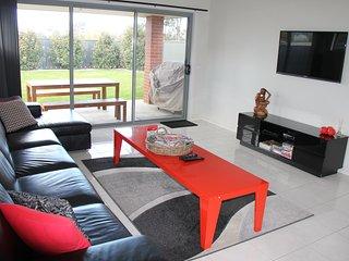 Gabrielle; Luxury Home Accommdation - Albury vacation rentals
