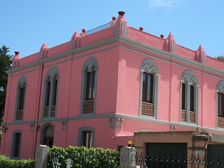 The Pink Palace - Apartment La Sabbia - Bosa vacation rentals