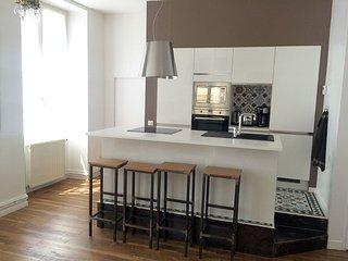 Appartement 50m², 4couchages, centre ville, rénové - Cahors vacation rentals