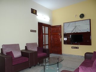 Nice Apartment with Internet Access and A/C - Tiruchirappalli vacation rentals