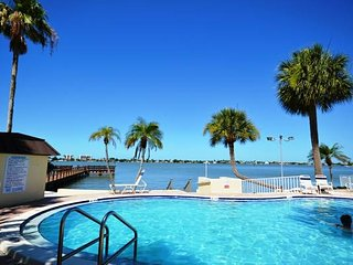 Waterfront Studio with a Pool & Tennis Courts - Madeira Beach vacation rentals