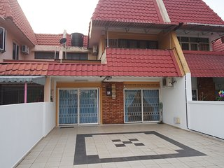 Double Storey House ※ Seremban Town - Seremban vacation rentals