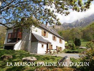 La Maison d'Aline Val D'Azun , 3 gîtes rénovés et une chambre d'hôtes. - Arrens-Marsous vacation rentals