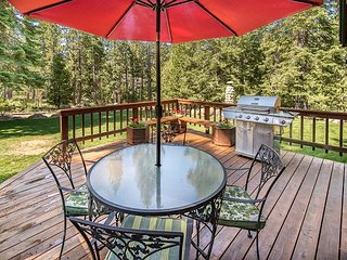 One Of A Kind Mountain Lodge. Blissful Seclusion On 10 Acres. - South Lake Tahoe vacation rentals