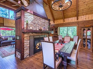 One Of A Kind Mountain Lodge. Blissful Seclusion On 10 Acres - South Lake Tahoe vacation rentals