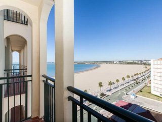 Beachfront apartment, great for couples - El Puerto de Santa Maria vacation rentals
