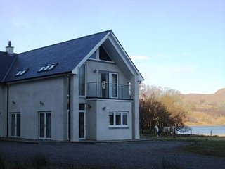 Bright House with Satellite Or Cable TV and Mountain Views in Glenuig - Glenuig vacation rentals