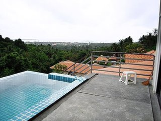 2 Br Apartment With pool in Chaweng - Chaweng vacation rentals