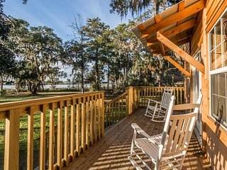 Captain's Bluff - Saint Simons Island vacation rentals
