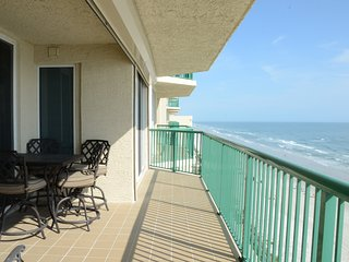 2 Weeks Mini - Vacation Condo - Twin Tower #1106 - Daytona Beach Shores vacation rentals