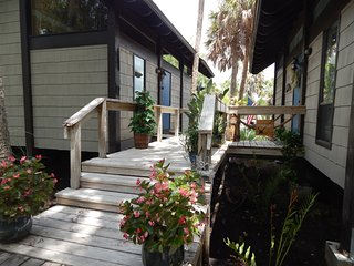 Waterfront with POOL Crystal River Florida - Crystal River vacation rentals
