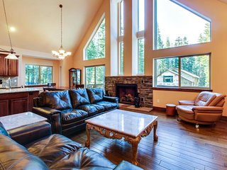 Three-level family-friendly home with multiple decks and a media room! - Soda Springs vacation rentals