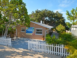 IRB Suites 2 BR - 362 Steps to Sand Btw Your Toes - Indian Rocks Beach vacation rentals