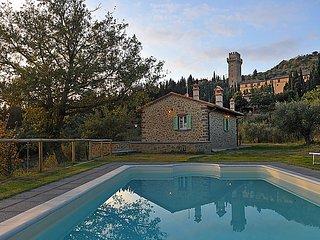 3 bedroom Villa in Cortona, Italy : ref 2215434 - Montalla vacation rentals