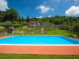 2 bedroom Villa in Magione, Umbria, Italy : ref 2098543 - San Savino vacation rentals