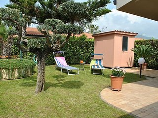 Comfortable 3 bedroom House in Salto di Fondi - Salto di Fondi vacation rentals
