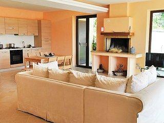 4 bedroom Villa in Formia, Lazio, Italy : ref 2098578 - Maranola vacation rentals