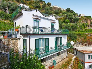 Bright House with Internet Access and A/C - Conca dei Marini vacation rentals