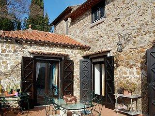 Sunny 3 bedroom Farmhouse Barn in Buccino - Buccino vacation rentals