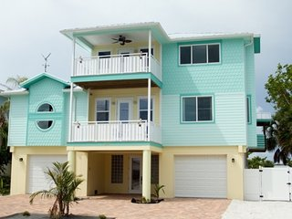 5 bedroom House with Internet Access in Anna Maria - Anna Maria vacation rentals