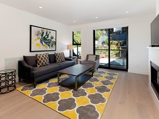 Awesome 2 Bedroom with Deck/Garden - San Francisco vacation rentals