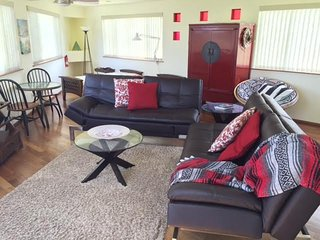 Comfortable House with Internet Access and Television - Pahoa vacation rentals