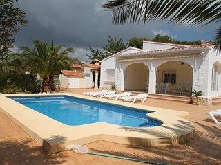 Albertina - private pool villa, free Wifi, in Calpe - La Llobella vacation rentals