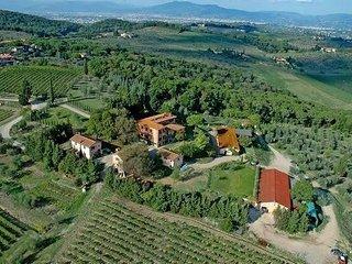 Apartment in San Casciano Val Di Pesa, Tuscany, Italy - Romola vacation rentals
