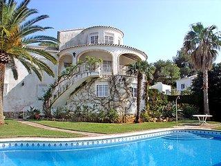 4 bedroom Villa in Javea, Costa Blanca, Spain : ref 2011059 - Xabia vacation rentals