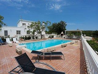 4 bedroom Villa in L'Ampolla, Costa Daurada, Spain : ref 2027684 - L'Ampolla vacation rentals