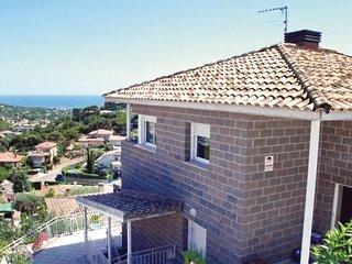 6 bedroom Villa in Cabrils, Catalonia, Barcelona, Spain : ref 2090801 - Cabrils vacation rentals