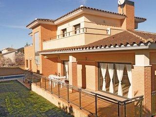 5 bedroom Villa in Roda de Bara, Catalonia, Costa Dorada, Spain : ref 2090830 - Roda de Bara vacation rentals