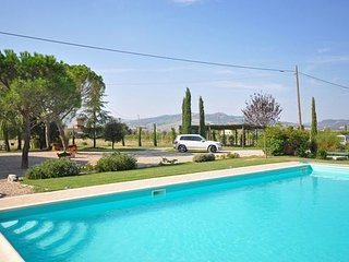Villa in San Quirico D orcia, Siena e Dintorni, Tuscany, Italy - San Quirico d'Orcia vacation rentals