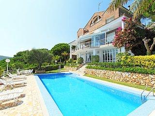 5 bedroom Villa in Arenys De Munt, Barcelona, Costa Brava, Spain : ref 2099273 - Arenys de Munt vacation rentals
