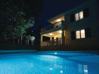 4 bedroom Villa in Senj-Lukovo, Senj, Croatia : ref 2183600 - Lukovo vacation rentals