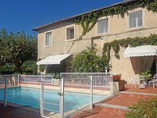 5 bedroom Villa in Guzargues, Herault, France : ref 2184154 - Assas vacation rentals