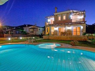 4 bedroom Villa in Gerani, Rethymno, Crete, Greece : ref 2217946 - Gerani vacation rentals