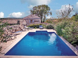 4 bedroom Villa in Krk-Kapovci, Island Of Krk, Croatia : ref 2219693 - Kapovci vacation rentals