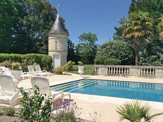 4 bedroom Villa in Saint-Vivien-de-Medoc, Gironde, France : ref 2220097 - Saint-Vivien-de-Medoc vacation rentals