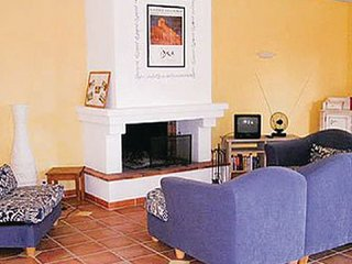 Villa in Roussillon, Vaucluse, France - Roussillon vacation rentals